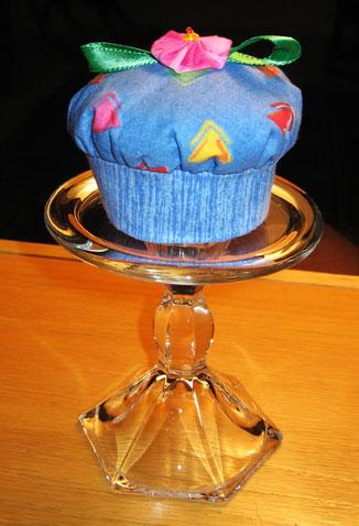 cupcake-pincushion