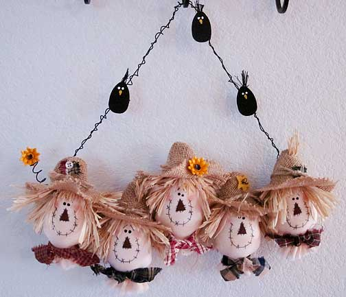 Scarecrow-wreath