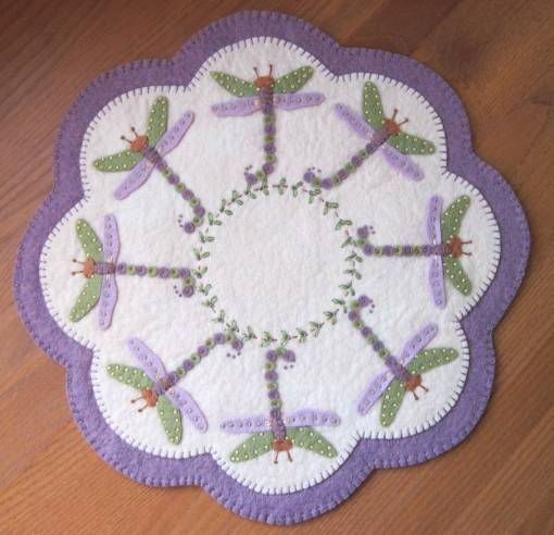 Dragonfly-candlemat
